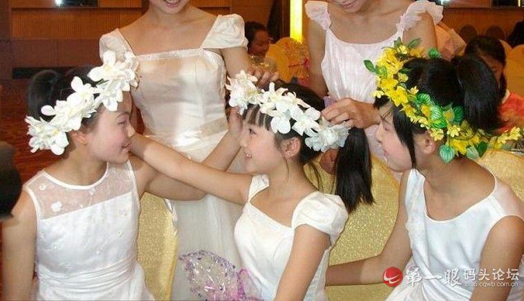 14岁林妙可胸部发育照片曝光(3)