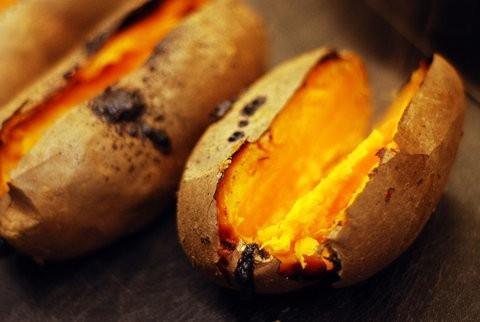 活动策划网址佬香翁创业故事:一个卖烤红薯的,凭什么获500万元投资?