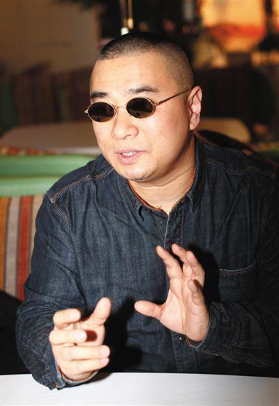 """王海有意让自己离开打假舞台中央,""""保持点神秘感,挺好。""""新京报记者"""