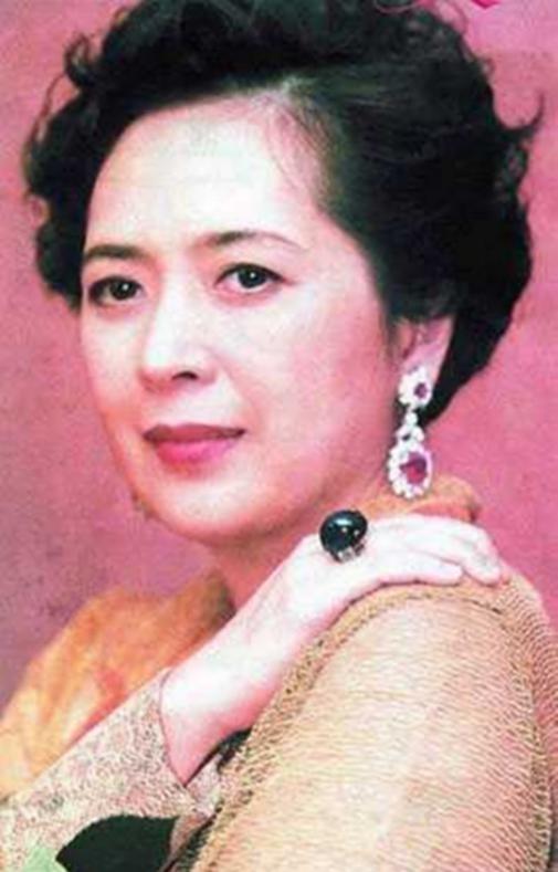 刘銮雄前妻宝咏琴