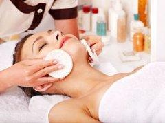 怎样避免化妆品美容加盟店的经营危机