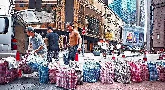 两个瑞士型男把中国的地摊货卖疯了,全球开店450余家