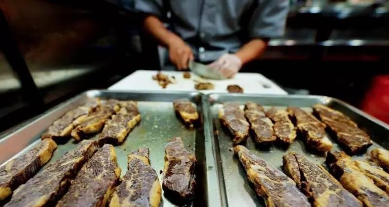 一碗牛肉面两千块,世界最贵明星云集,凭啥?