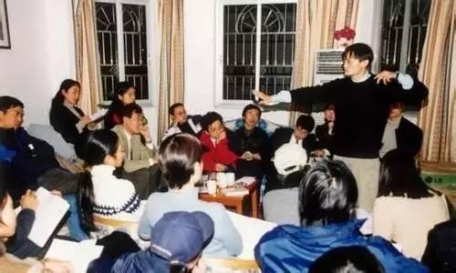 """他曾是马云的最大对手,被称作""""电商教父"""",10年后却没人再记得"""