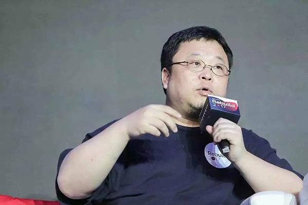 """罗永浩的""""锤子""""梦:从欠9600万到玩19亿现金"""