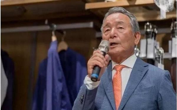 53岁开始创业,靠卖79元的衬衫年赚千万