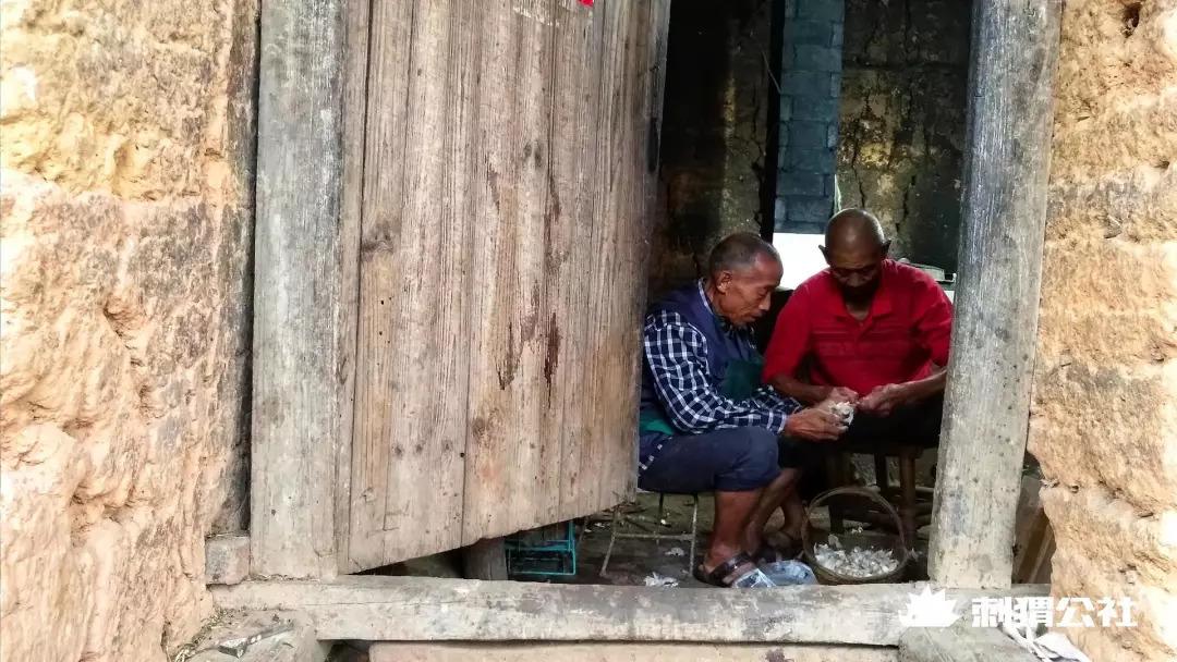 农村自媒体创业黄金期:四川深山、月入过万