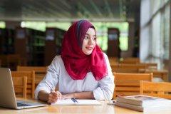 投资印尼女性澳门博彩娱乐平台者不但政治正确,还是一门绝佳的生意