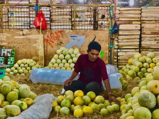 印尼雅加达最大的生鲜批发市场